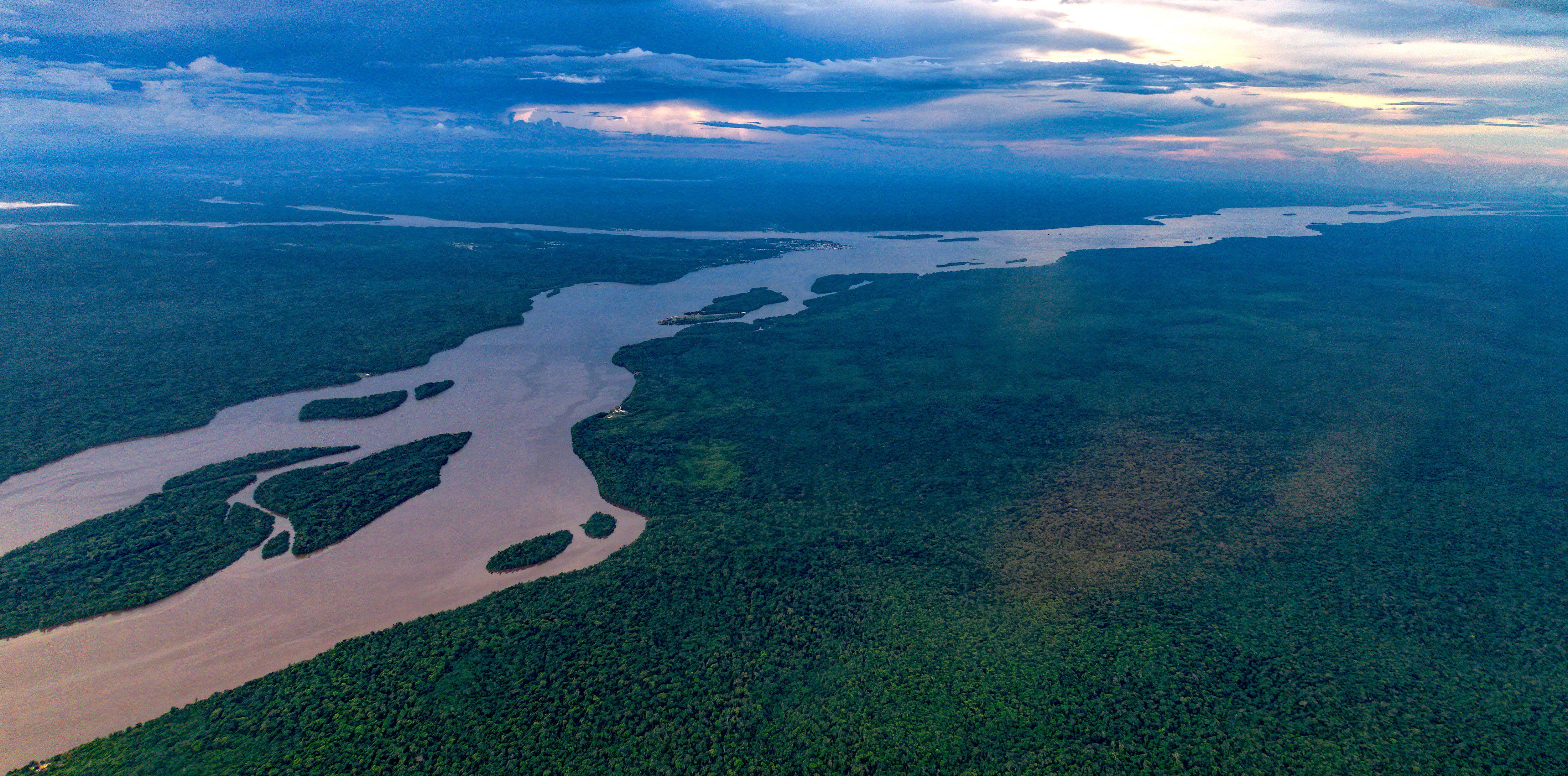 Essequibo River c Dan Lundberg Creative Commons Wikipedia